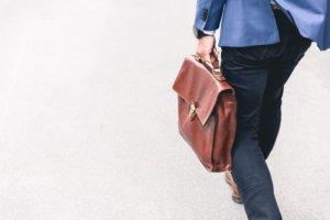 読書のメリット⑤ビジネス知識が身につく