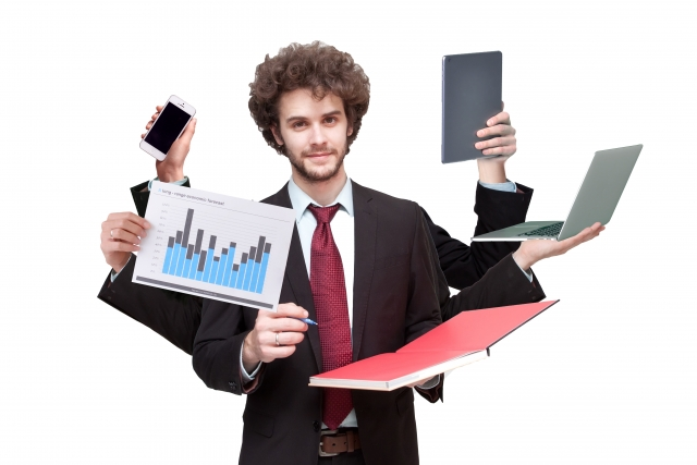 「仕事量が多すぎて辞めたい」から逆転する方法