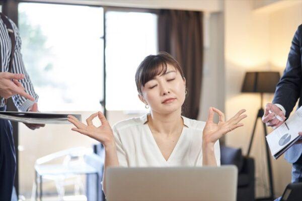 2.情報共有しない上司と働くリスク